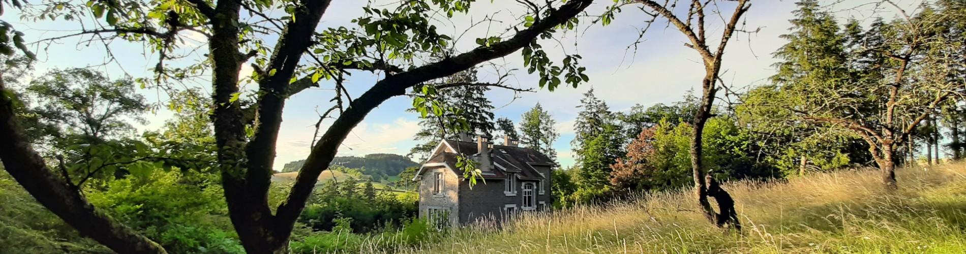 Villa des Abeilles 1900x500